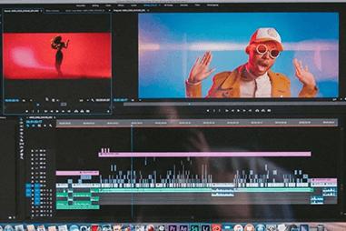 動画編集ソフトをプラグインの数で選ぶ