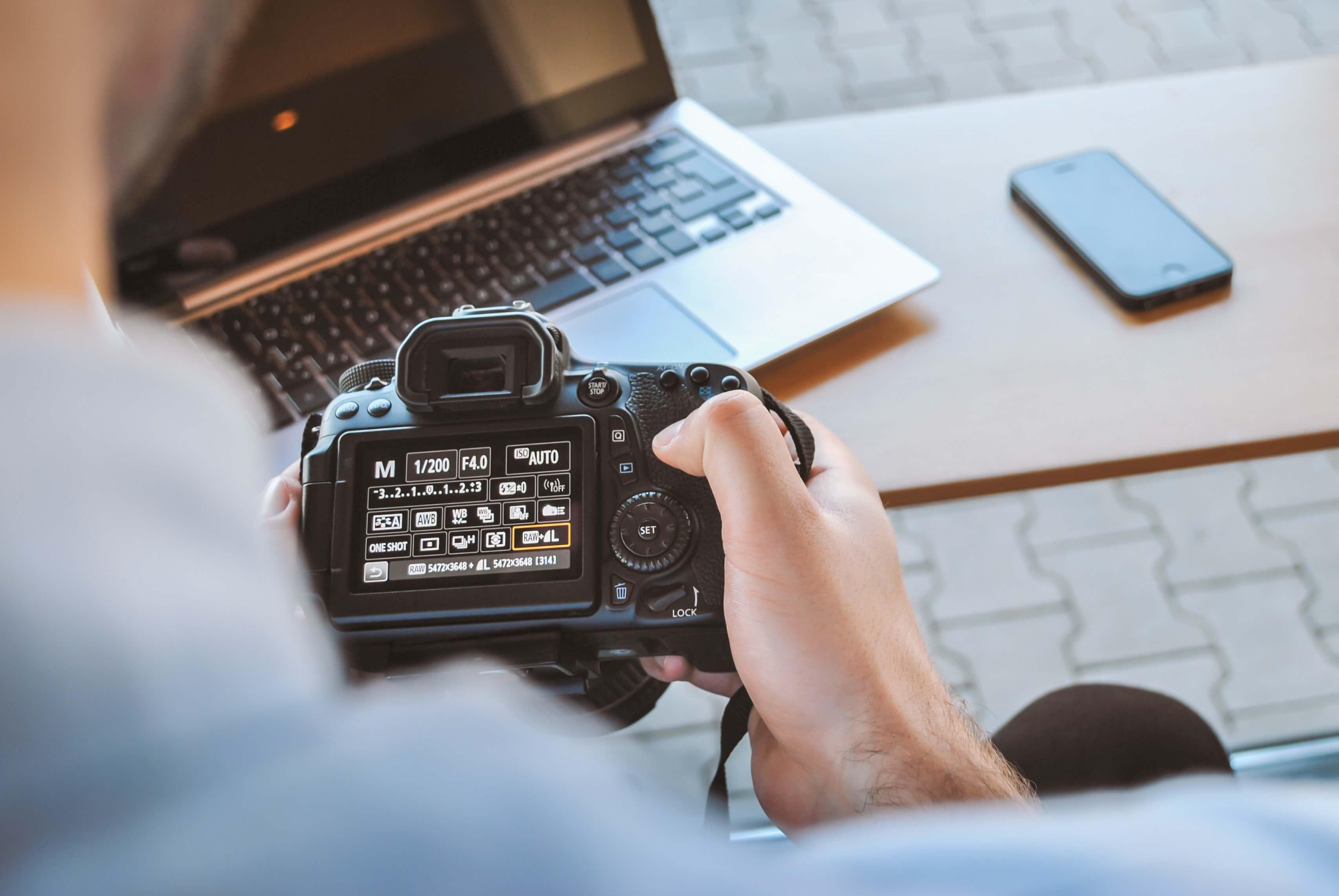 【予算別】動画撮影におすすめの一眼レフカメラ15選【2020年最新版】