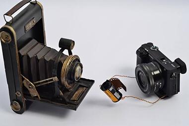 露出計:フィルムカメラには必須機材