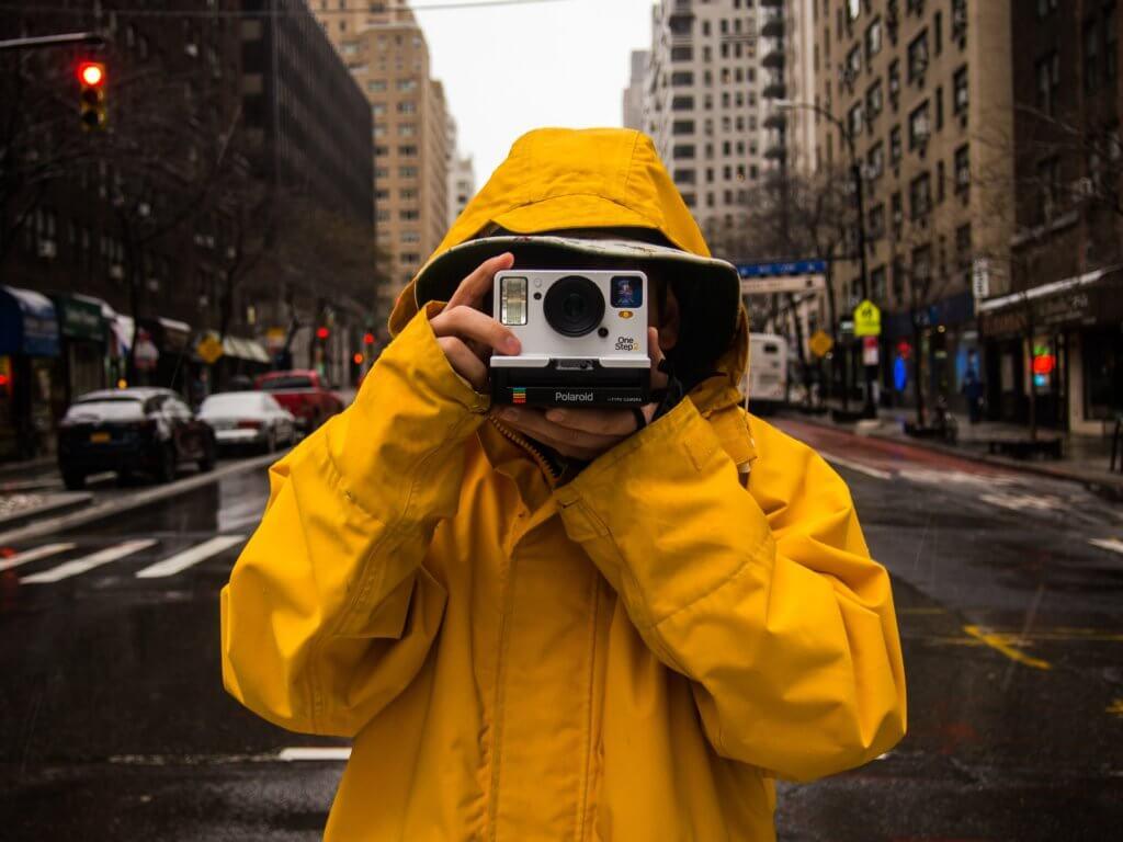 カメラ用レインカバーおすすめ9選|一眼レフの雨対策に【2020年最新】