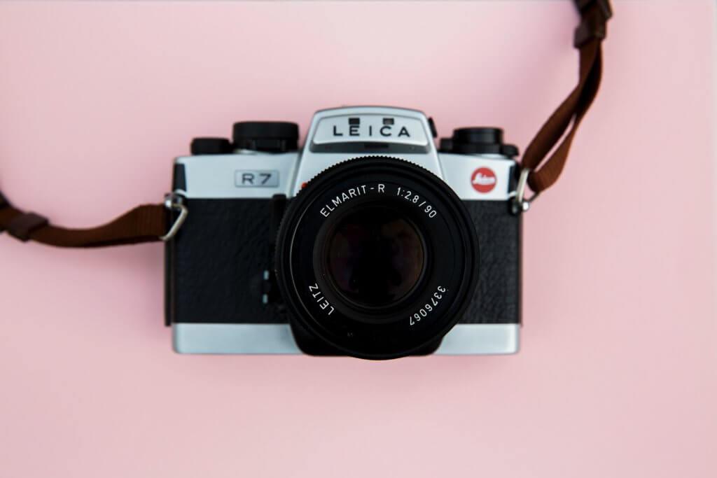 かわいいカメラストラップ11選【カメラ女子のアクセサリー特集】