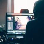 【副業で稼ぐ】動画編集は仕事になる?フリーランスでYoutube編集代行を始めよう