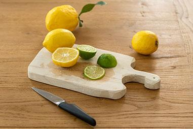 メモリは、台所に例えると「まな板」
